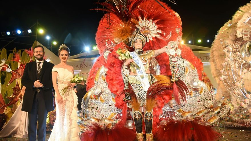 Paula Viera de León, la reina del Carnaval portuense, elegida este domingo