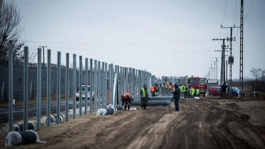 Unicef denuncia la nueva ley húngara que permite detener a los refugiados