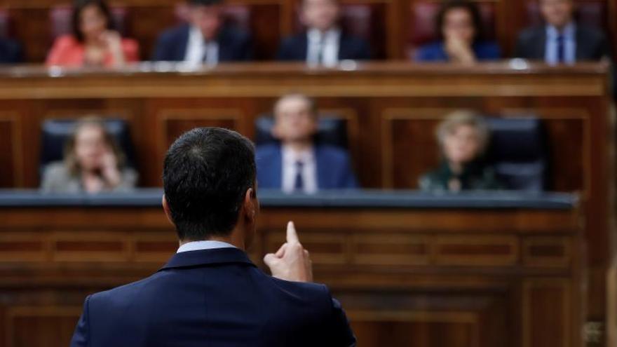 """Sánchez ve a Rivera como el líder """"del cambio de chaqueta permanente"""""""