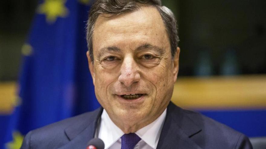 """Draghi transmite a los líderes UE que hay una """"nueva esperanza"""" en Europa"""