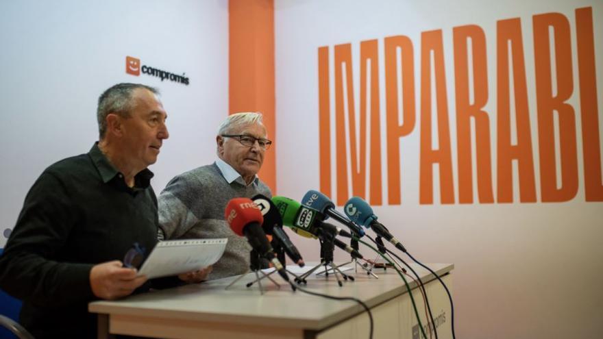 Joan Baldoví y Joan Ribó en la sede de Compromís presentando la Agenda Valenciana para la investidura.