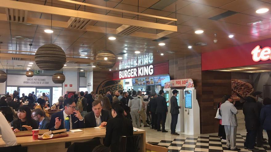 Burger King de IFEMA, a rebosar a las 14:00.