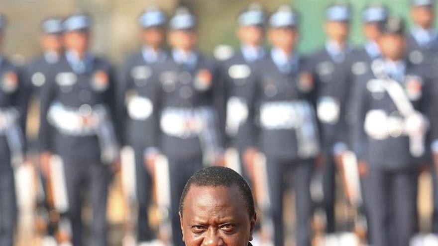 Un muerto por heridas de bala en un mitin del presidente keniano