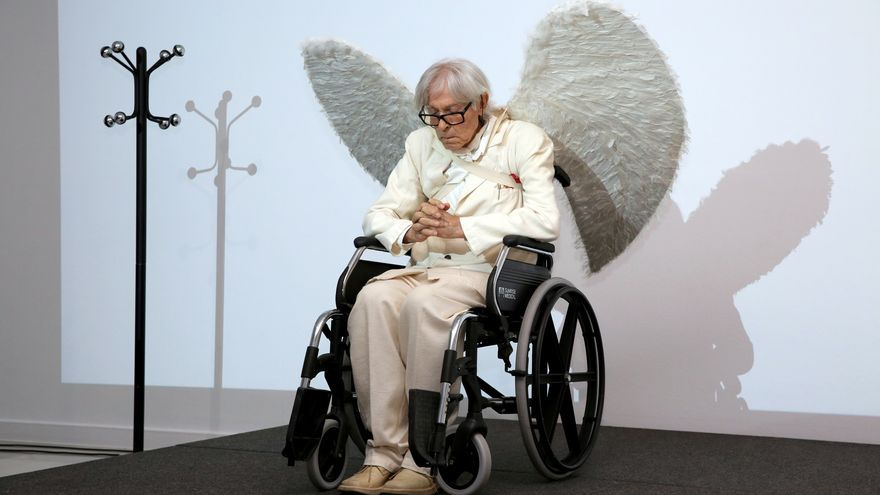 'Performance' de Pepe Dámaso en honor a Pablo Bucareli