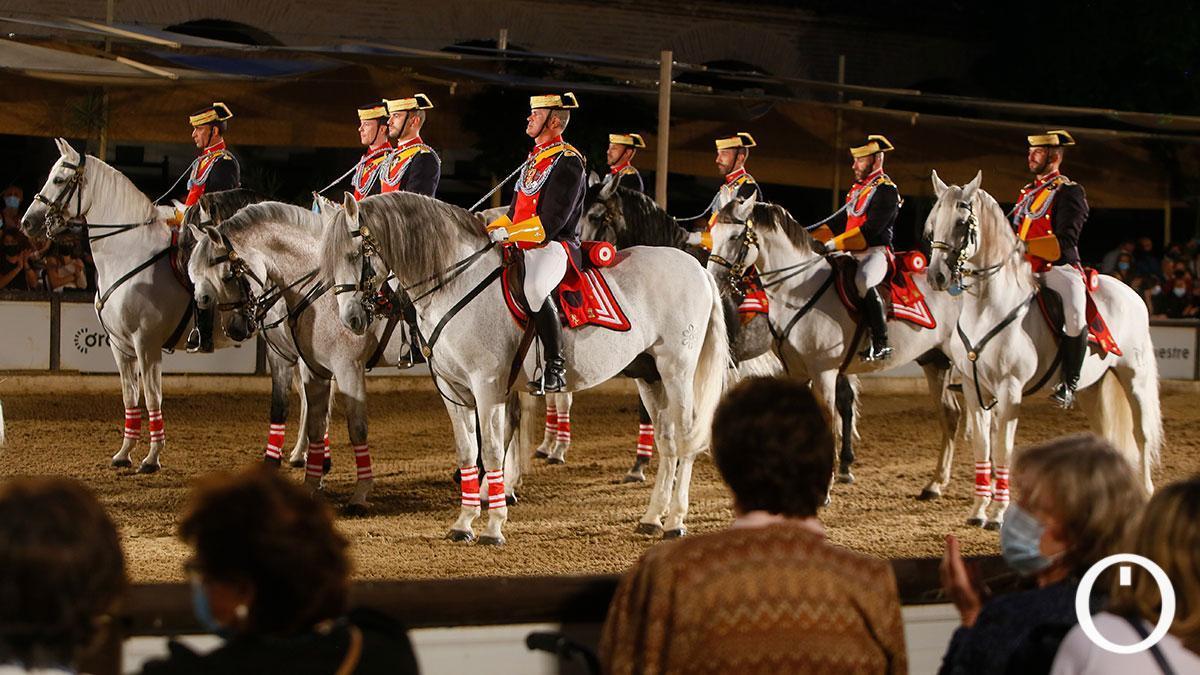Espectáculo ecuestre de la Guardia Civil en Caballerizas Reales