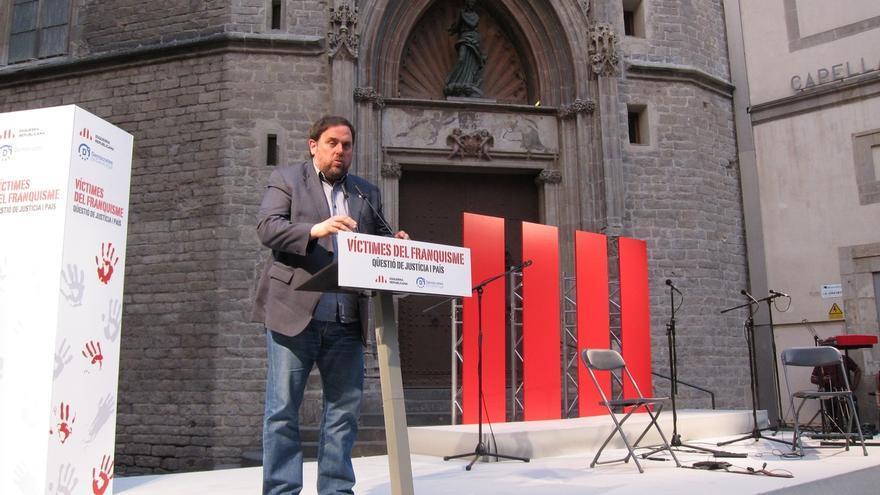 "Junqueras se compromete a ""ganar"" para dignificar a los defensores de la república en el franquismo"