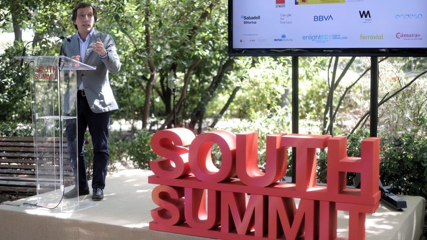 Fotografía del alcalde de Madrid, José Luis Martínez-Almeida, durante su intervención en la presentación de SOUTH SUMMIT 2021.