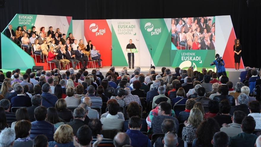 """Urkullu asegura que lo que se gestiona en Euskadi está """"garantizado y si se gestionaran las pensiones, también"""""""