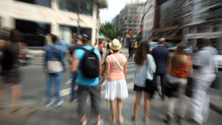 Vida urbana en las calles de Valencia.