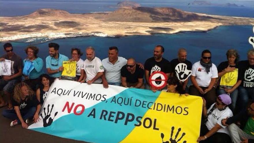 Movimiento ciudadano de Canarias contra las prospecciones petrolíferas en el Mirador del Río.