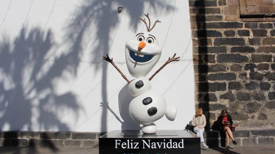 Adorno navideño en la plaza de España.