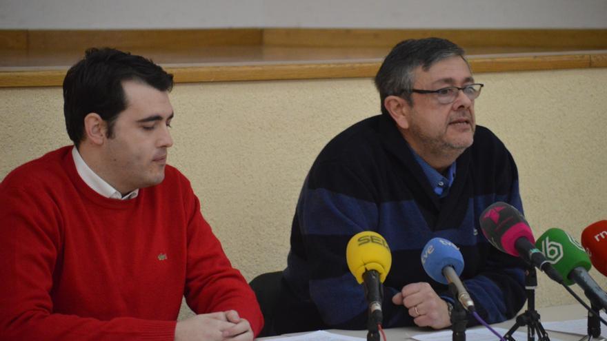 José Luis Gónez-Ocaña (der), presidente de la Plataforma en Defensa de la Ley de Dependencia de Castilla-La Mancha / Foto: Javier Robla