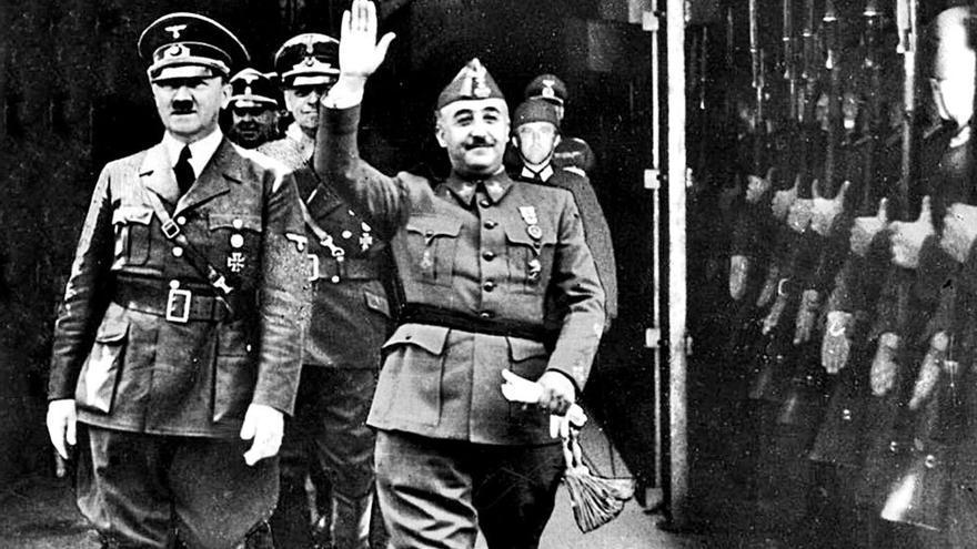 Adolf Hitler junto a Francisco Franco en Hendaya