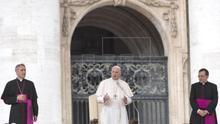 """El papa reconoce sus """"graves equivocaciones de valoración"""" por el caso Barros"""