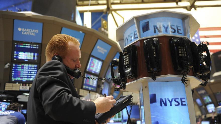 Wall Street baja el 0,54 por ciento en la apertura
