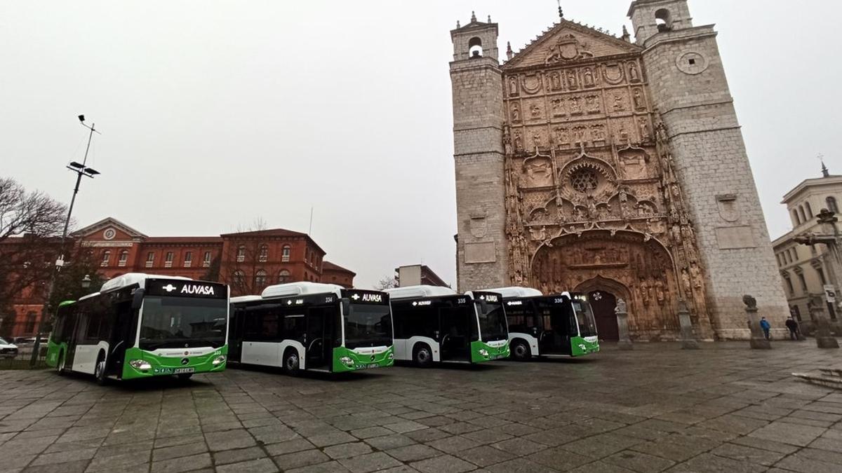 Los nuevos autobuses de Auvasa.