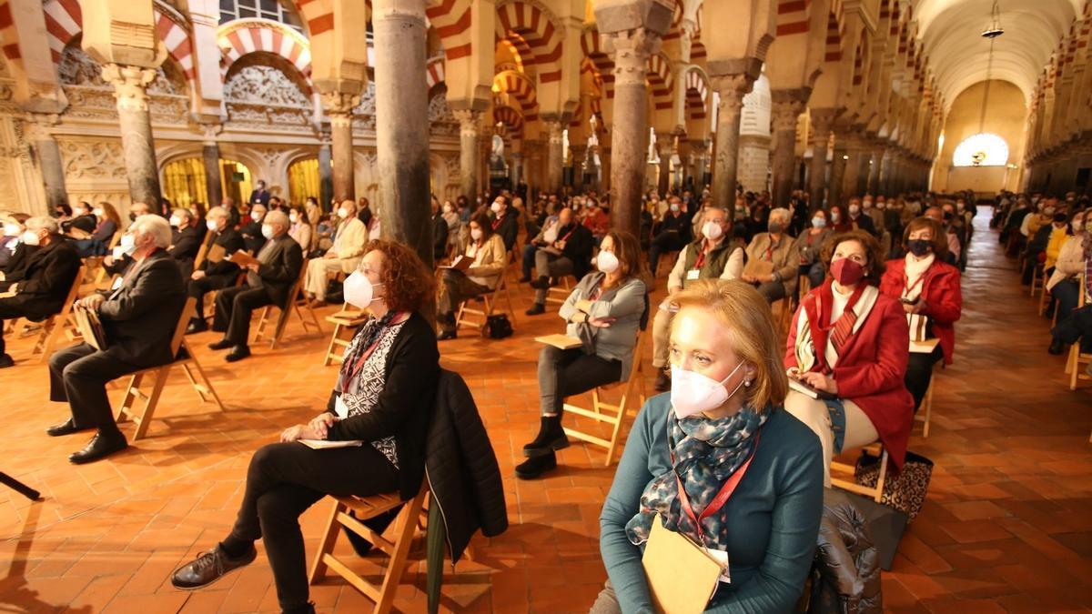 Vista general de los asistentes al congreso