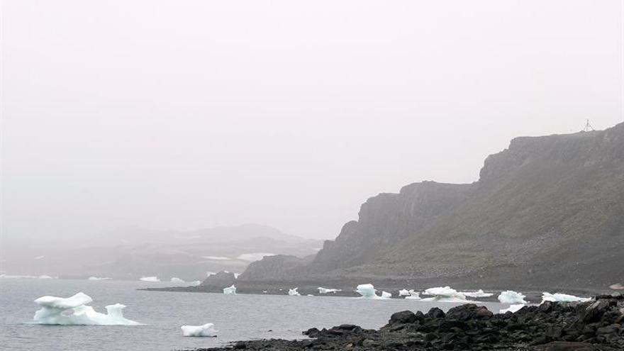 Regresa de la Antártida un equipo de científicas españolas contra el cambio climático