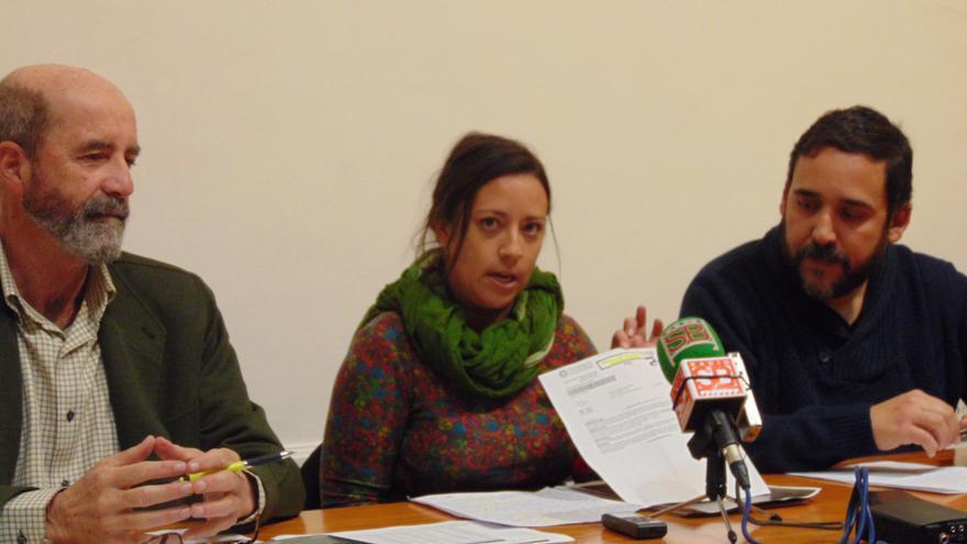 Santiago Pérez, Idaira Afonso y Rubens Ascanio, en la rueda de prensa de este viernes