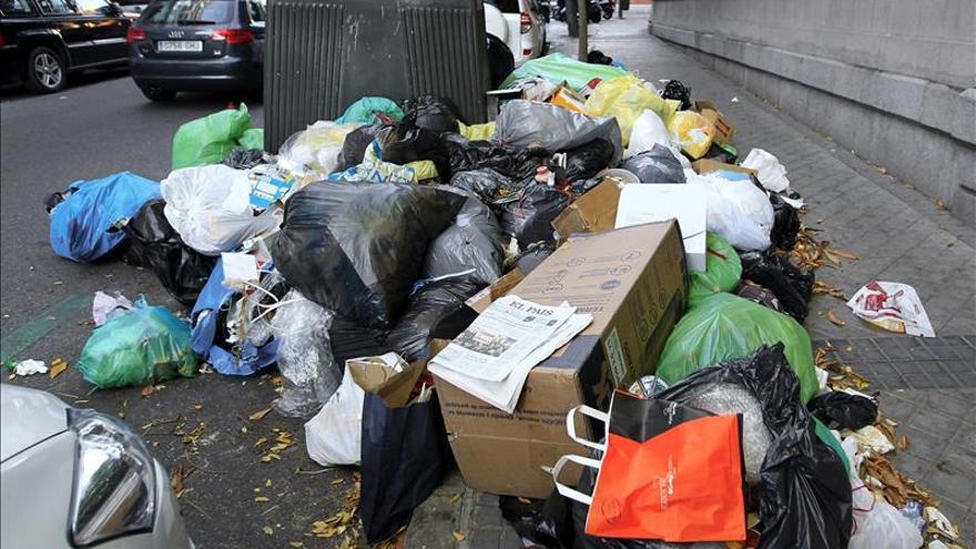 Sindicatos y empresas de limpieza de Madrid se reúnen de nuevo sin visos de llegar a un acuerdo