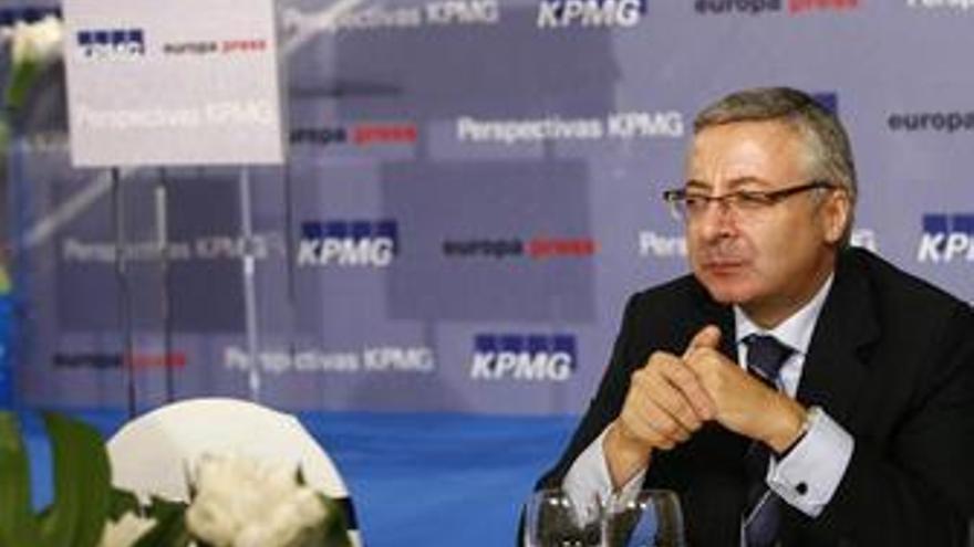 Blanco dice que no hay prisas para designar a los candidatos para Madrid