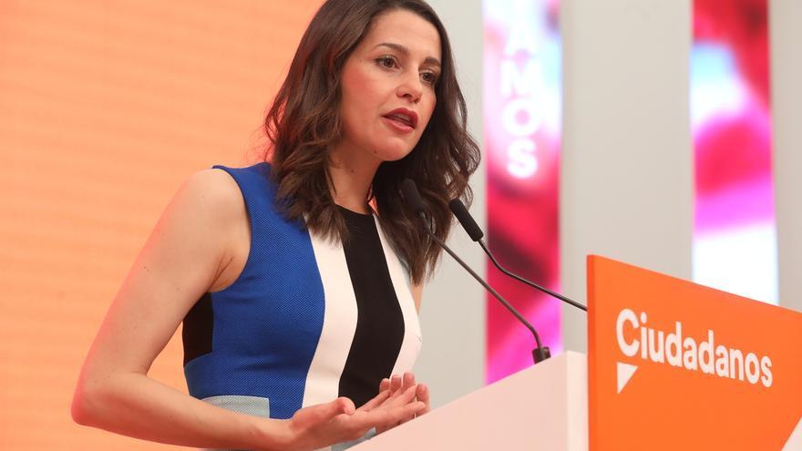Arrimadas señala que Ciudadanos ha aumentado el número de concejales en Cataluña y elude la autocrítica