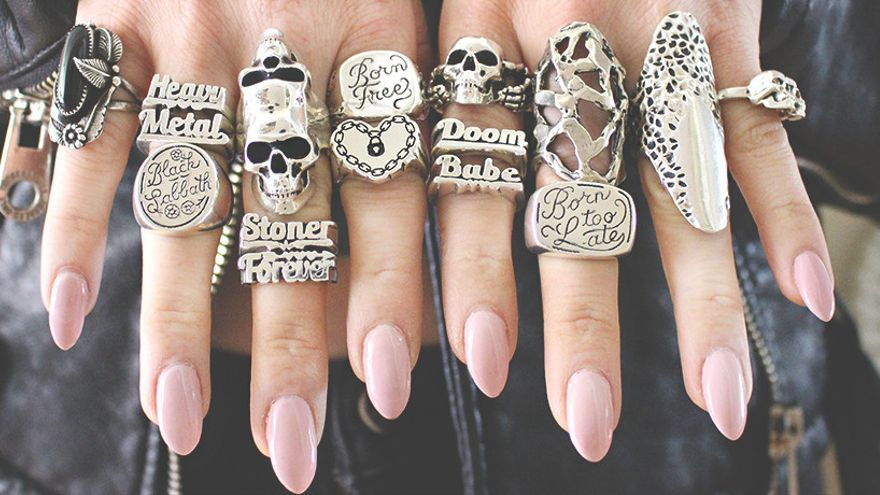 Imagen de diversos anillos heavies.