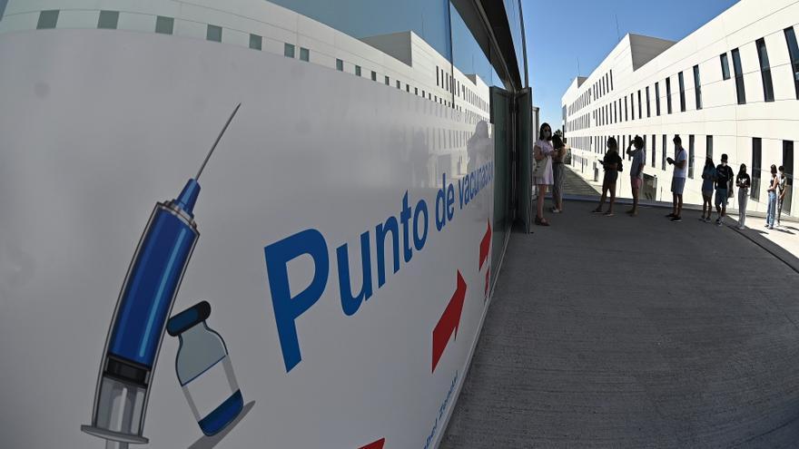 Madrid notifica 4.512 positivos, un fallecido y más ingresos en hospitales