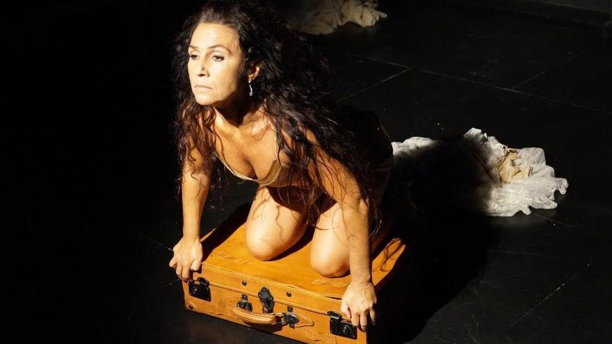 'La novia del viento', nominada al mejor montaje unipersonal, se representa el miércoles en Comillas