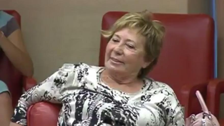 Celia Villalobos durante la reunión de la Comisión de Empleo en el Congreso de los Diputados