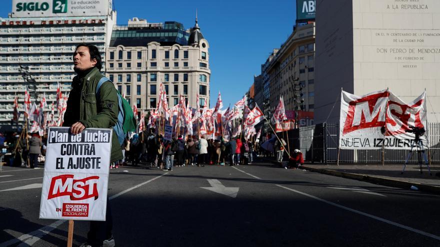 argentina se paraliza durante una jornada de huelga en
