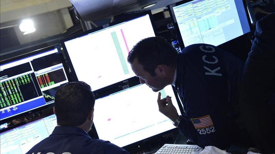 Wall Street pasa a las pérdidas y el Dow Jones baja un 0,10 por ciento