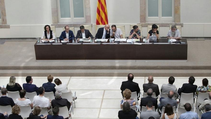 La Comisión de Venecia, mencionada en el proyecto independentista, rechaza los referendos contrarios a la Constitución