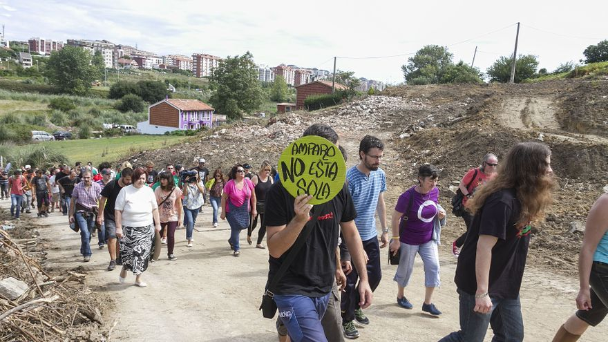 Protesta en la finca de Amparo Pérez.