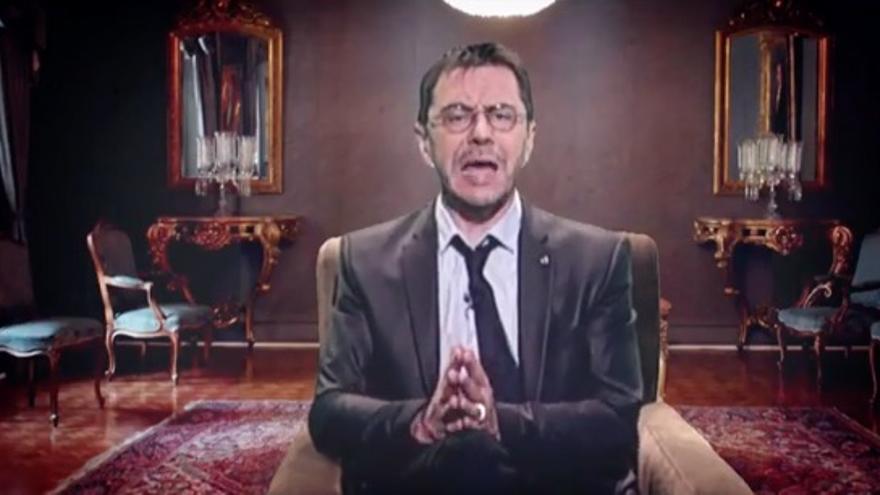 Monedero parodia el mensaje navideño de Felipe VI