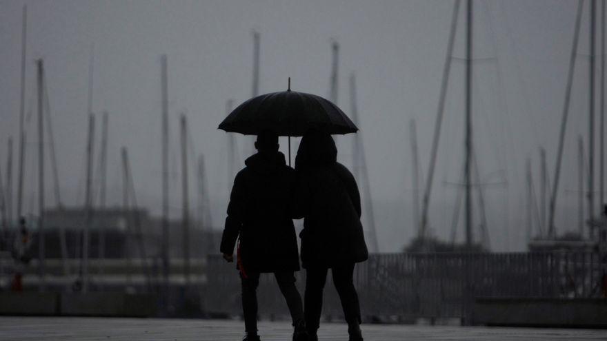 Marzo arranca en Canarias con lluvia, nubes y viento fuerte