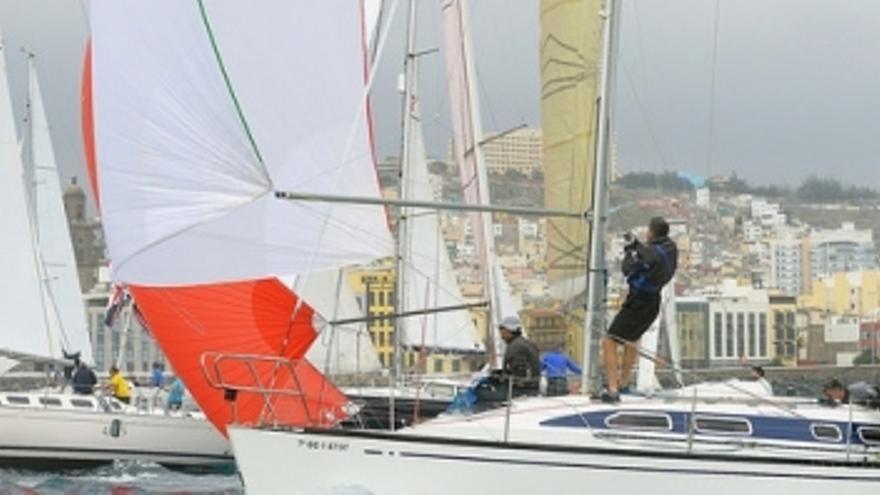 Imagen archivo de una regata de la clase crucero en la costa de Las Palmas de Gran Canaria.(rcngc.com).