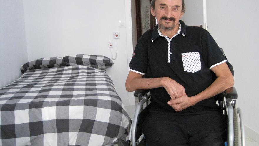 Alejandro ha sido el primer inquilino del Espacio Salud de la Fundación RAIS