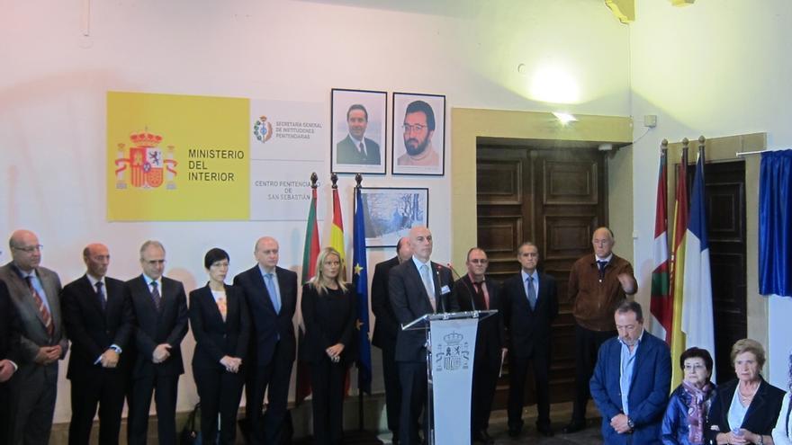 """Fernández Díaz dice que no habrá una memoria """"justa"""" sin una """"deslegitimación del terrorismo y sus complicidades"""""""