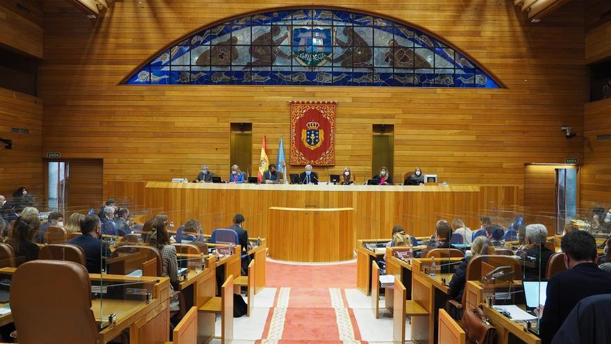 Archivo - Pleno del Parlamento gallego