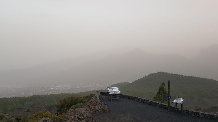 Imagen del Valle de Aridane,  este viernes, 14 de febrero, desde el Mirador del Jable, en el municipio de El Paso.