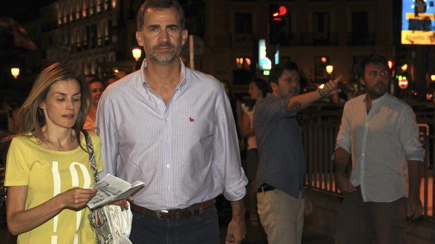 Los reyes acuden a un cine del centro de Madrid el 22 de agosto de 2014.