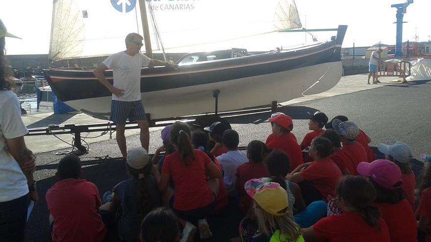 Imagen de archivo de un curso del Club de Vela Latina Benahoare.