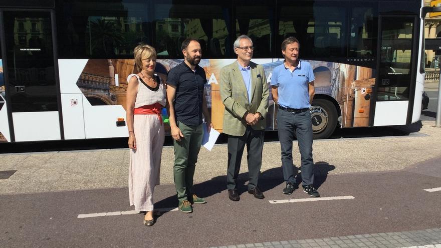 Autobuses turísticos darán a conocer, desde el sábado, la costa y el interior de Gipuzkoa