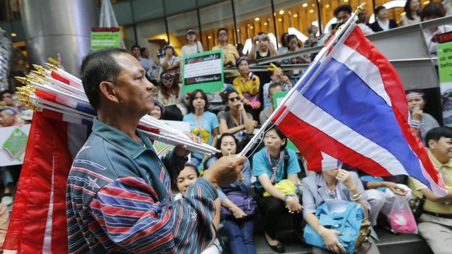 Los antigubernamentales tailandeses inician una nueva oleada de protestas