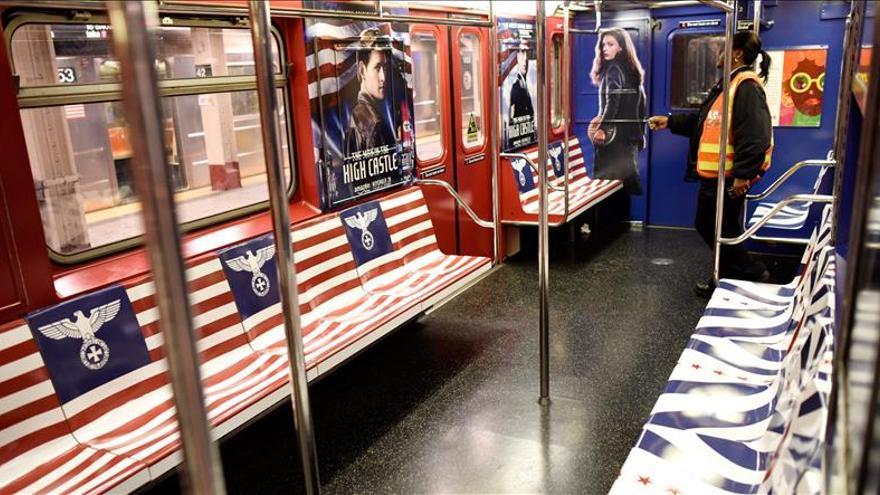Amazon retira promoción de estética nazi del metro de Nueva York