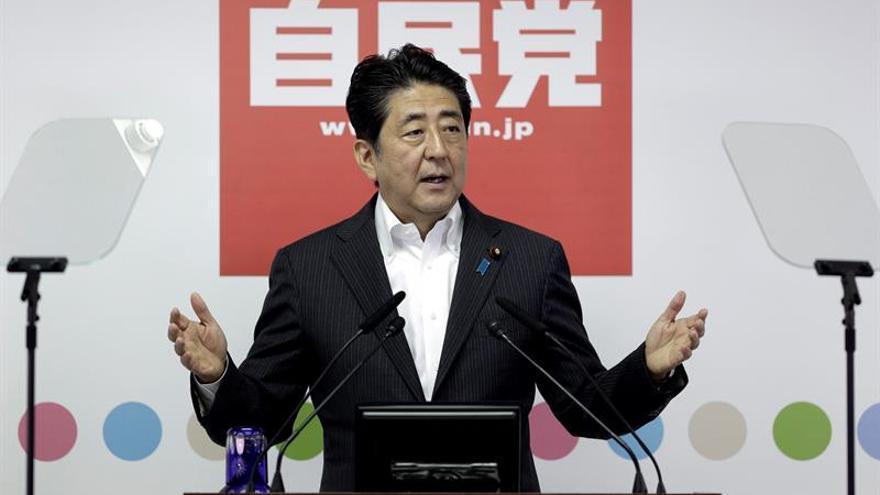Abe ordena a su Gabinete preparar un nuevo paquete de medidas de estímulo