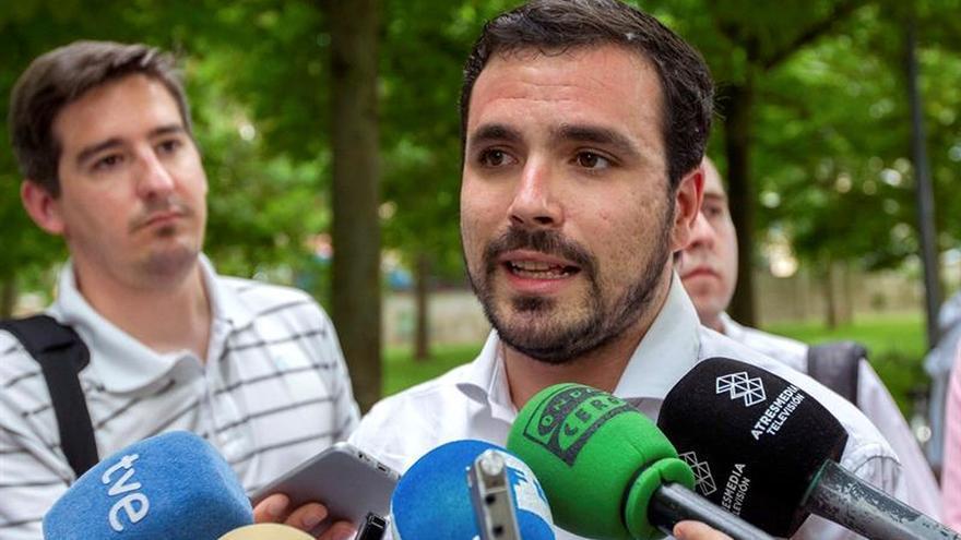 IU cierra hoy las urnas para elegir su dirección, que dará el timón a Garzón