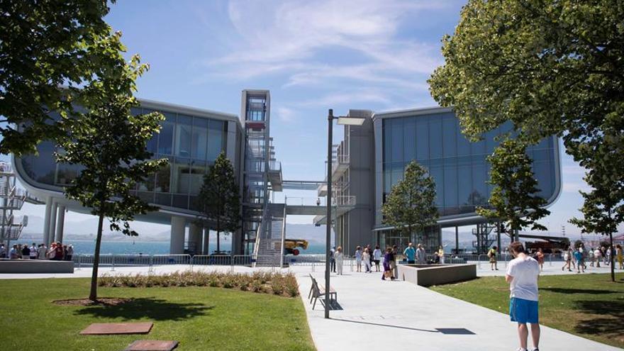 Los Reyes inauguran hoy el Centro Botín en Santander