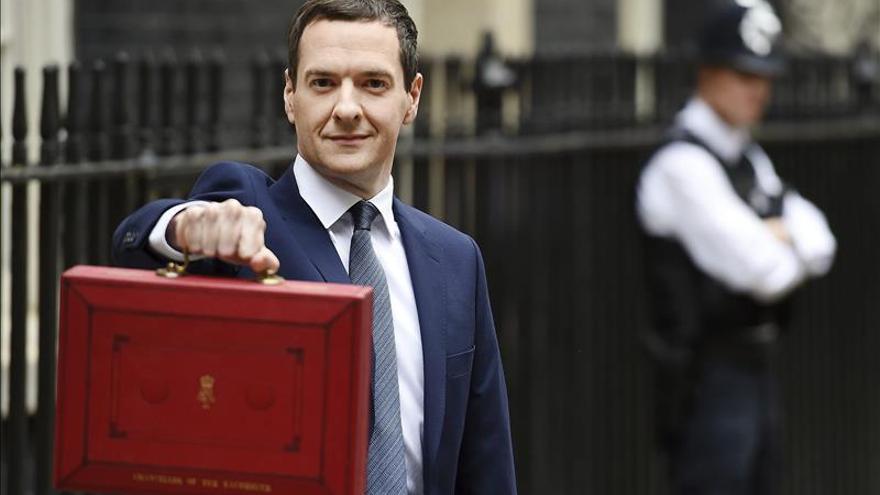El Reino Unido rebaja al 2,4 % su previsión de crecimiento en 2015